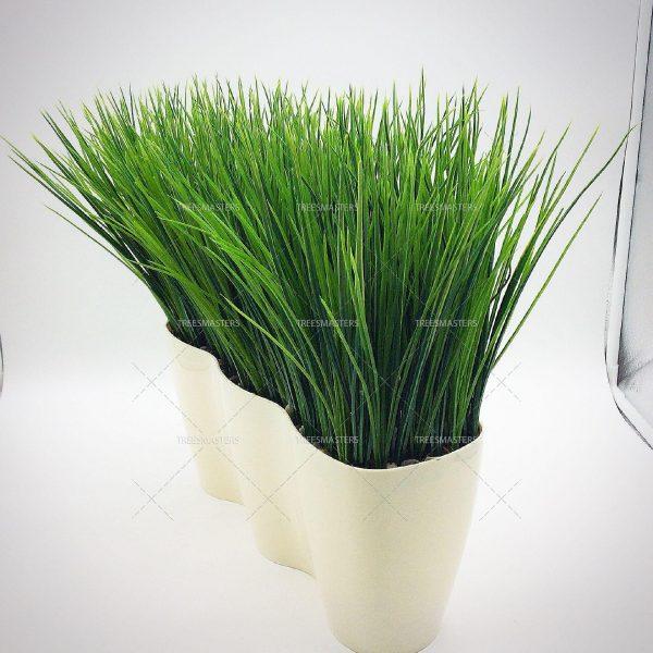 Искусственная трава в подоконном кашпо