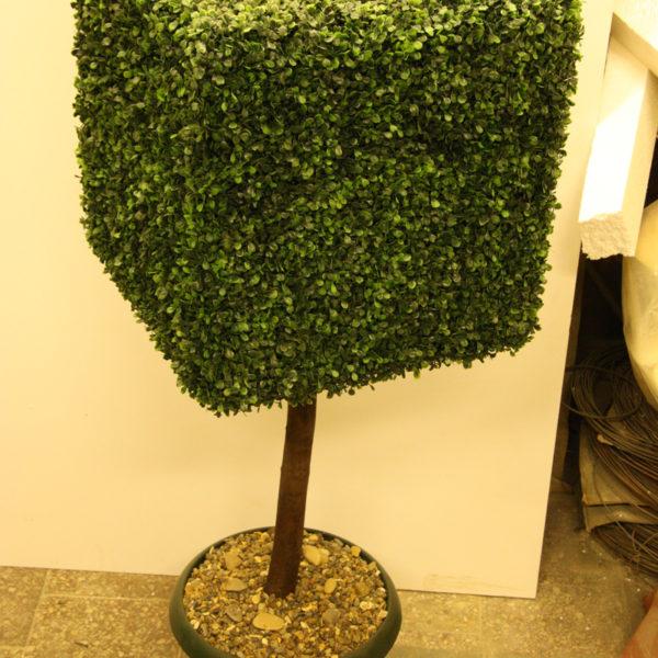 Искусственный самшитовый куб на деревянном стволе, 50-150 см